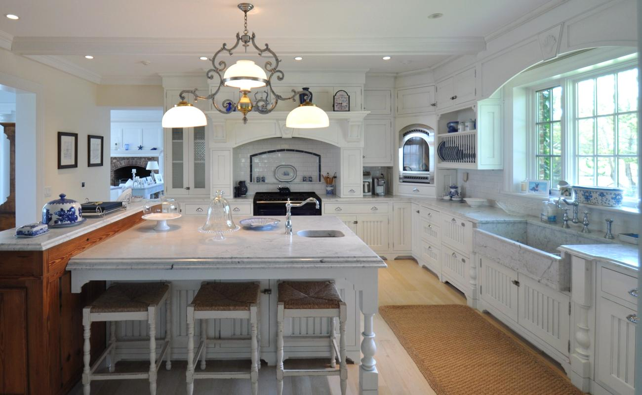 The Dressy New Kitchen In The Renovated Getaway That Once Belonged To Actress Katharine Hepburn