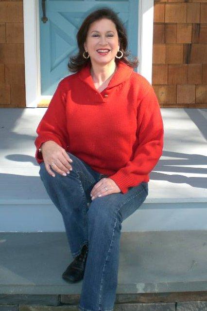 Atticmag editor Jane Freiman