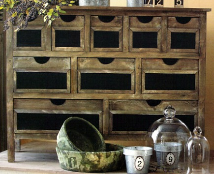 chalkboard decor - distressed wood hutch with chalkboard drawer fronts - Rian Rae via Atticmag