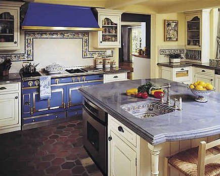 blue La Cornue range and hood