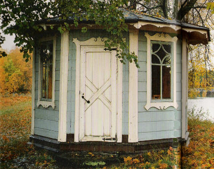 kitchen hutch - 19 Century blue Swedish gazebo - Country Houses of Sweden via Atticmag