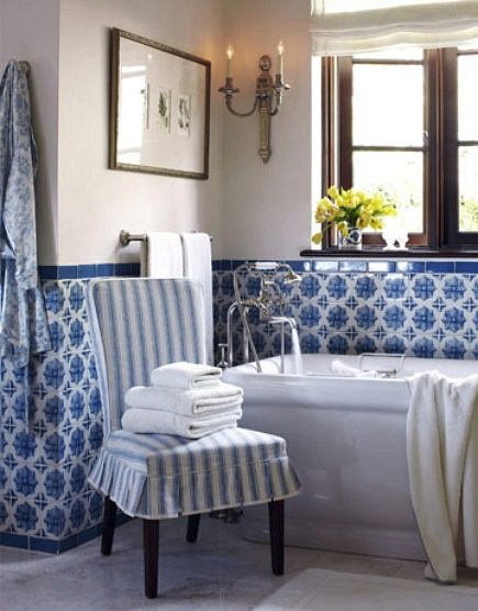 blue and white Lascaux Portuguese tile bath by Joe Nye