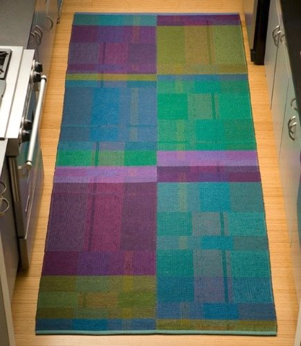 colorful handwoven rugs by Claudia Mills Studio via Atticmag