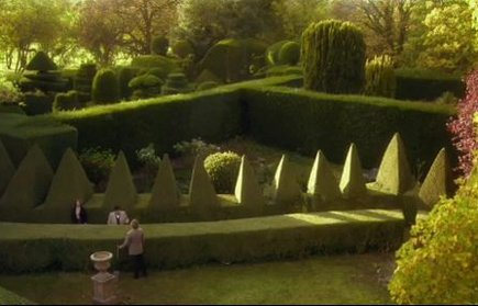 topiary garden in Agatha Christie's Halloween story on PBS' Masterpiece Mystery - via Atticmag