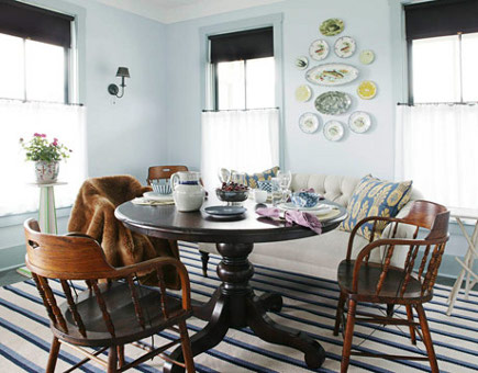 summer rugs - two-tone blue striped polypropylene dhurrie style rug in Newell Turner's dining room - Better Homes & Gardens via Atticmag