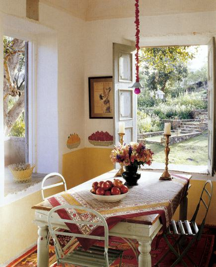 Anglo-Indian style - breakfast room in an Indian house with food stencils on the walls - WOI via Atticmag