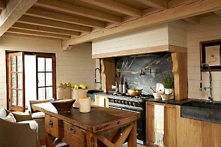 rustic white oak cottage kitchen by Melanie Pounds - House Beautiful via Atticmag