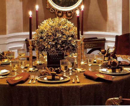 chocolate brown holiday table with gold accents