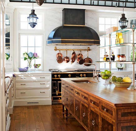 glass ceiling kitchen - kitchen with glass ceiling, La Cornue range and 3 cabinet styles - tradhome via Atticmag
