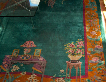 Chinese Art Deco rug with emerald green field or background