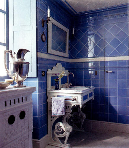 blue and white tile bathroom with 18th century Robin's egg blue field tile and white borders - elle decor via Atticmag