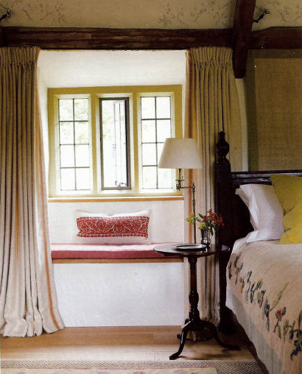 custom drapery details - Guy Goodfellow draperies in Skomer linen from Colefax & Fowler - H&G via Atticmag