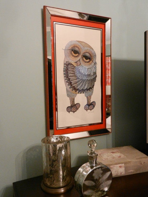 master bedroom decorating ideas - vintage owl print with mirrored frame - Atticmag