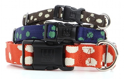 recycled pet collars - polka dot dog collars made from recycled plastic bottles - Waggo via Atticmag