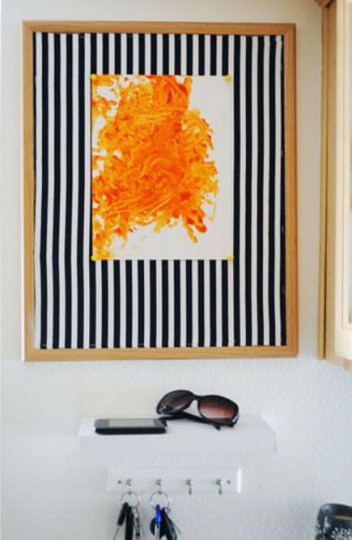 Black and White striped bulletin board – bravenewhome via Atticmag
