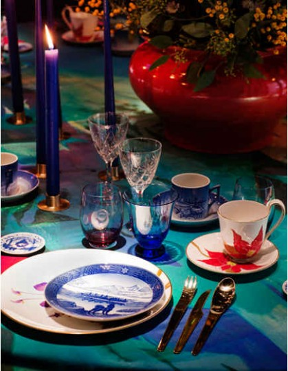 Royal Copenhagen 2013 Christmas table - Royal Copenhagen via Atticmag