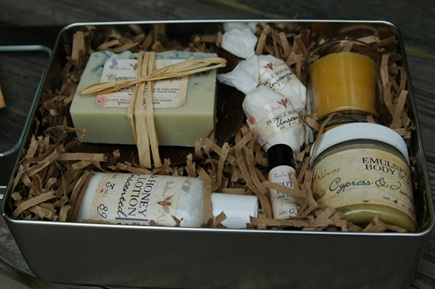 holiday gift ideas - handmade soap and body gift set by Beehive Alchemy via Atticmag