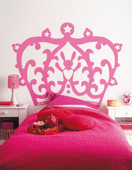 pink bedrooms - pink princess crown headboard in a girl's bedroom - kidskammers via atticmag