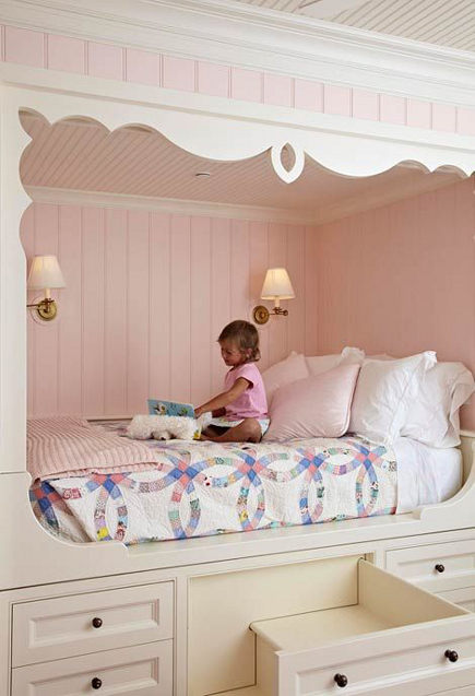 girls bedroom with pink built-in bed nook - homebunch via atticmag