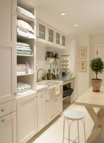 laundry room built ins - laundry room by Hamptons Design - ikeafans via atticmag