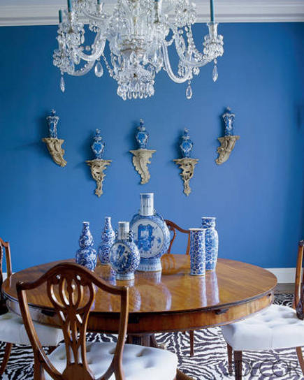 zebra print carpet in Aerin Lauder's East Hampton dining room – Elle Décor via Atticmag