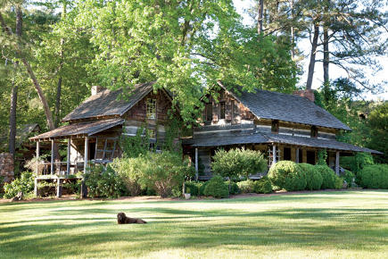 Exterior view of an antebellum Georgia dogtrot house - gardenandgun via atticmag