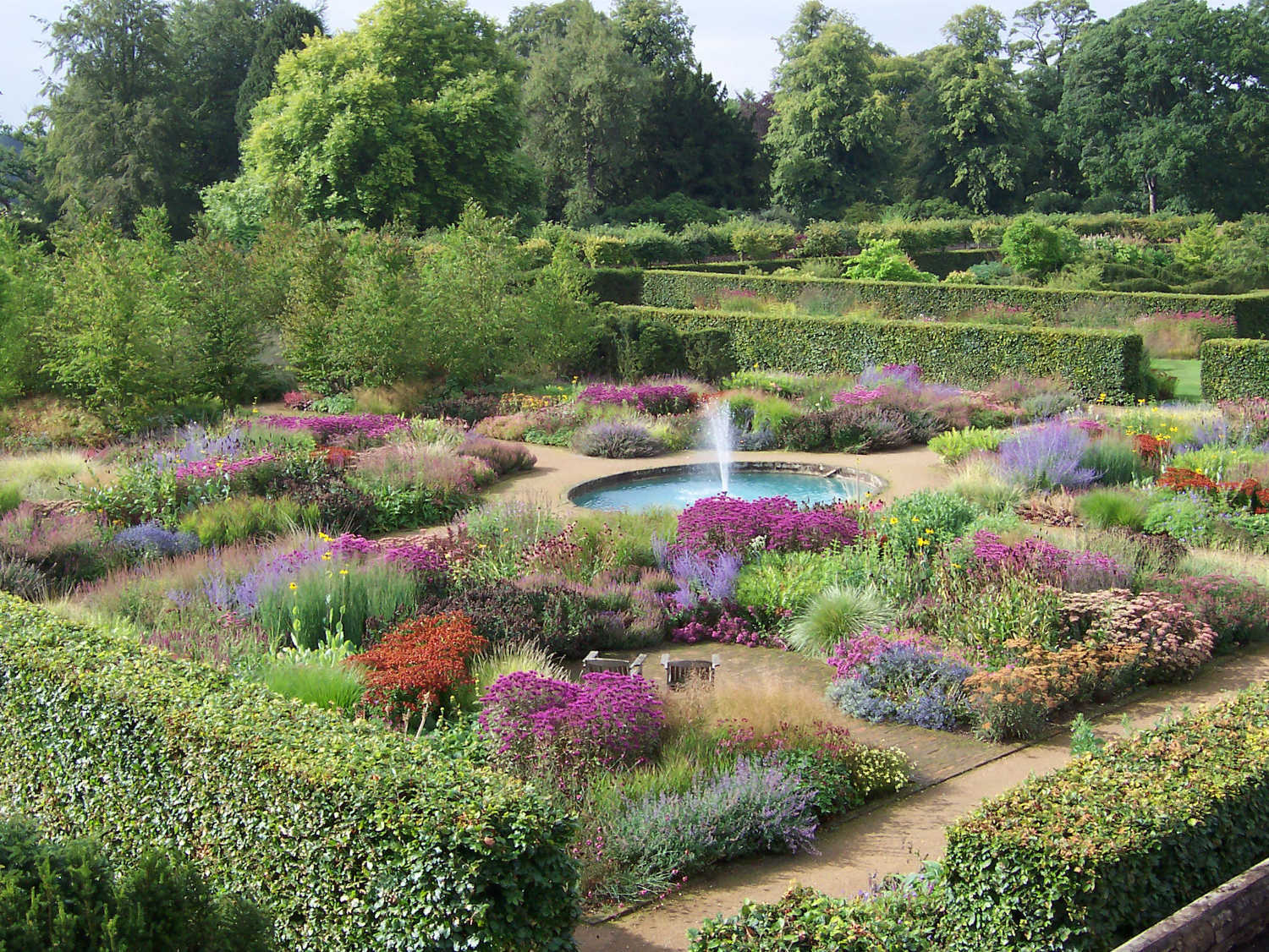 Walled Kitchen Gardens Scampston Hall Walled Garden Atticmag