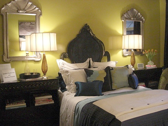 inspired design showhouse - Jennifer Flanders chartreuse bedroom - Atticmag