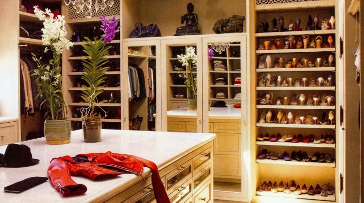 dressing room closet - Gisele Bunchen's cream-colored closet in Boston - AD via Atticmag