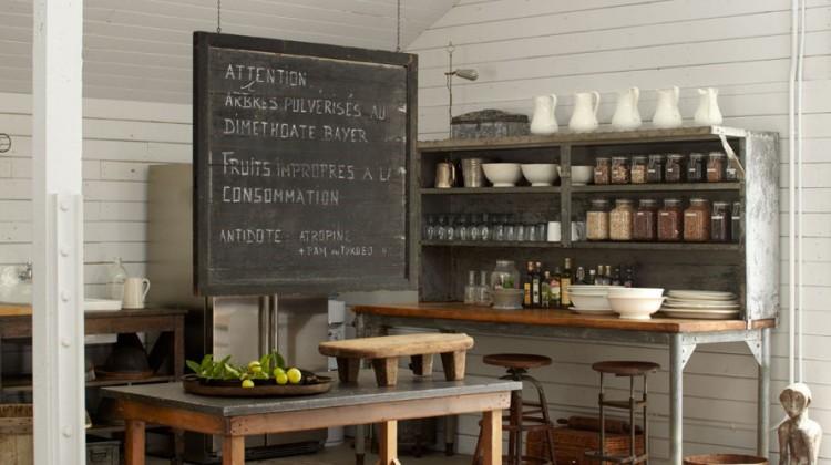 lifestyle rooms - Ellen DeGeneres' art barn living space on her California ranch - Elle Decor via Atticmag