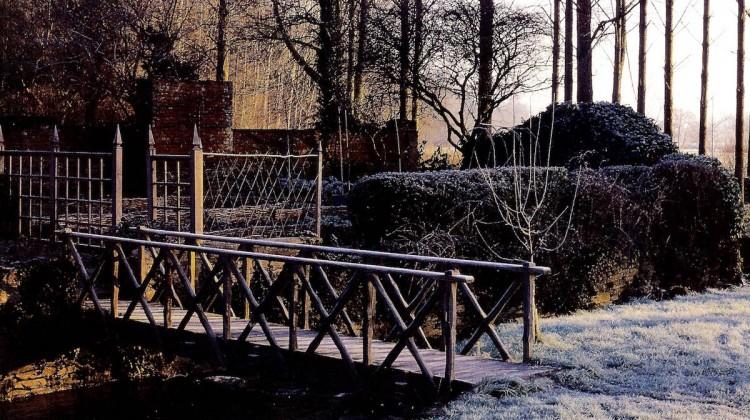 mild winter garden - rustic oak bridge leading to the potager on a Wye Valley estate garden - House&Garden via Atticmag