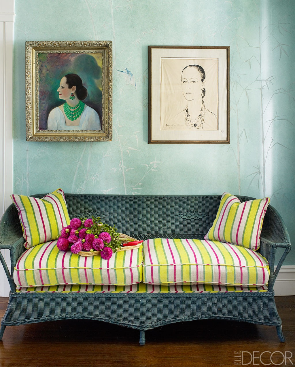 striped décor - Long Island entry of Amy Fine Collins has a green vintage wicker sofa upholstered with striped Manuel Canovas fabric - Elle Décor via Atticmag