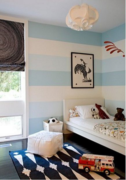rooms for kids - blue and white boy's room by Angie Hranowsky via Atticmag