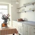 white Plain English Georgian style kitchen - via Atticmag