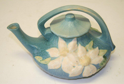 Roseville Pottery - Collecting Roseville ceramics - Atticmag