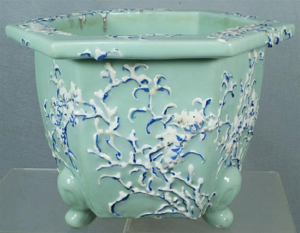 auction finds - vintage Japanese cache pot in a Pennsylvania auction - William Bunch via Atticmag