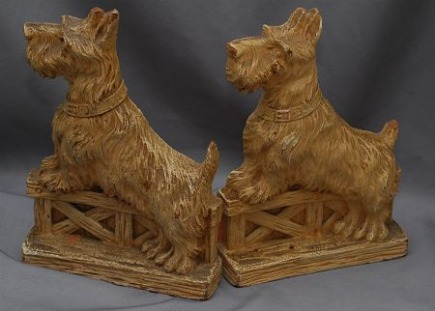 bookends - vintage Scotty dog bookends from Ruby Lane via Atticmag
