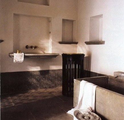 cool bathrooms - lime plaster bathroom by Paul Mathieu - World of Interiors via Atticmag