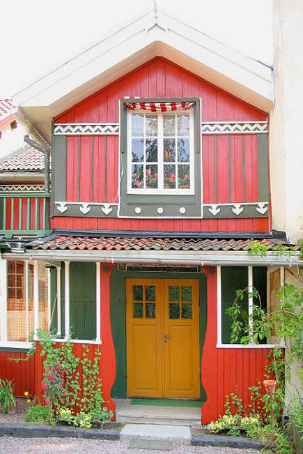 historic homes - Carl Larsson's Sundborn - via atticmag