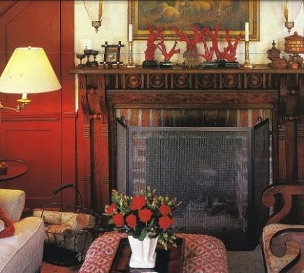 fireplace renovation - inspiration photo for a fireplace mantel style - Trad Home via Atticmag