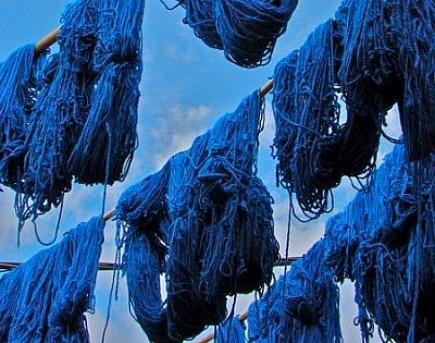 indigo moroccan rugs - dyed indigo blue wool yard for rug making - via Atticmag