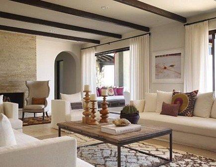 Moroccan rugs - Mexican villa living room with Berber rug- Kara Mann via Atticmag
