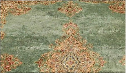 rug color changes - detail of oriental rug showing color variations - Aspire Auctions via Atticmag