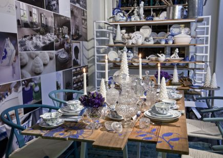 Royal Copenhagen Christmas 2010 - Royal Porcelain Factory Christmas table - Royal Copenhagen via Atticmag