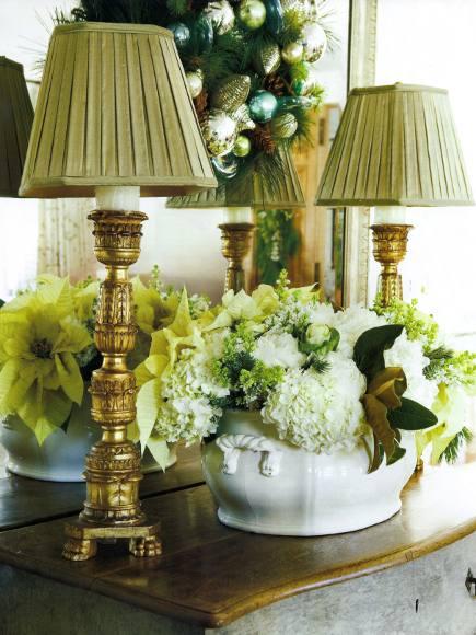 simple white holiday flower bouquet includes pointsettias and hyrdrangea in a porcelain tureen - Veranda via Atticmag