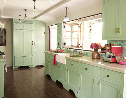 green kitchen cabinets - mint green traditional kitchen by Kathyrn Ireland - House Beautiful via Atticmag