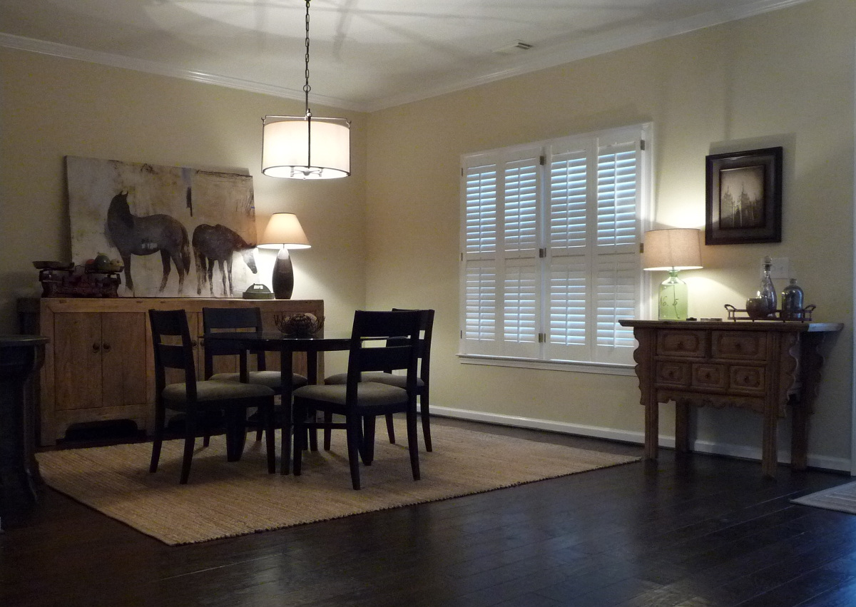 dining room redo - mix of modern vintage and reproduction furniture after the redo - Atticmag