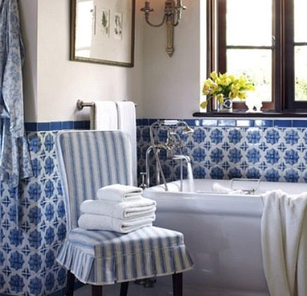 blue and white Lascaux Portuguese tile bath by Joe Nye -House Beautiful via Atticmag