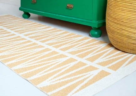 geometric rugs - Helmi eco-friendly plastic rug from Brita Sweden - Scandinavian Design Center via Atticmag