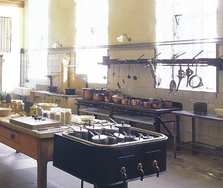 english kitchens - the historic kitchen at Petworth House - WOI via Atticmag